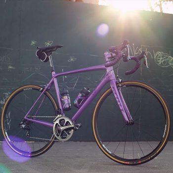 Suis-nous sur les réseaux sociaux - Classical Bicycles