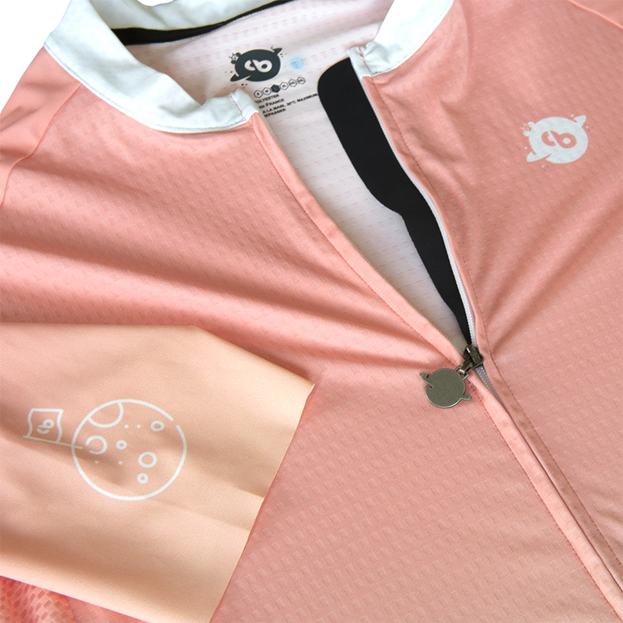 Maillot cycliste Vitesse de la lumière détails1 - Collection Big Bang - Classical Bicycles